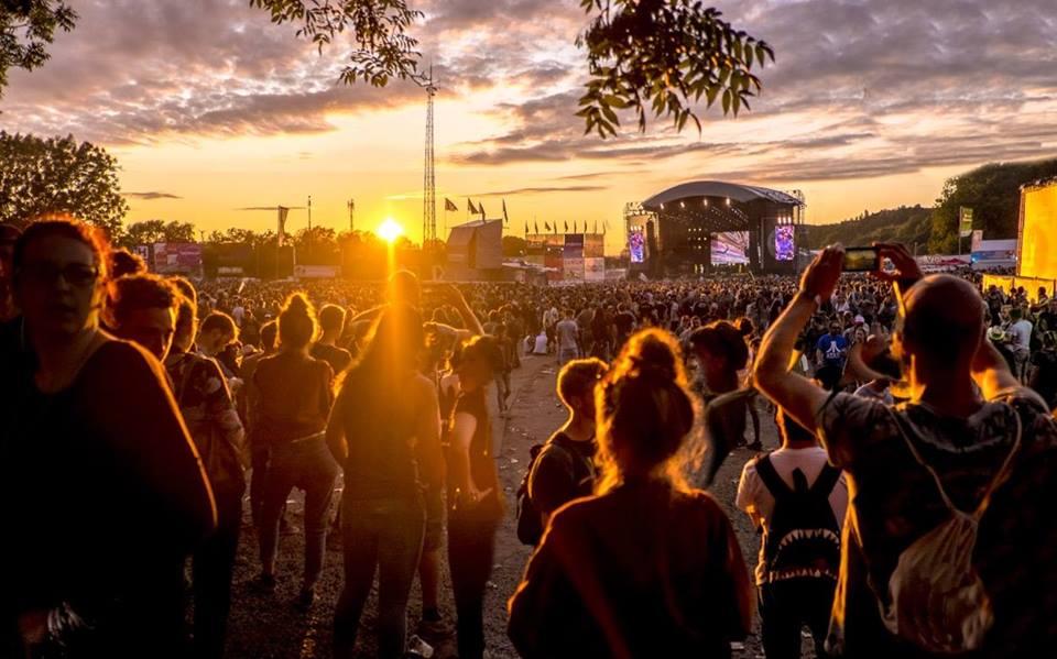 Retour à Dour Festival – On fait le bilan (Infographie + Vidéo)