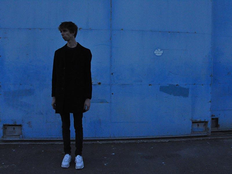 Jumo nous projette sur une autre planète avec son dernier EP «Dérive»