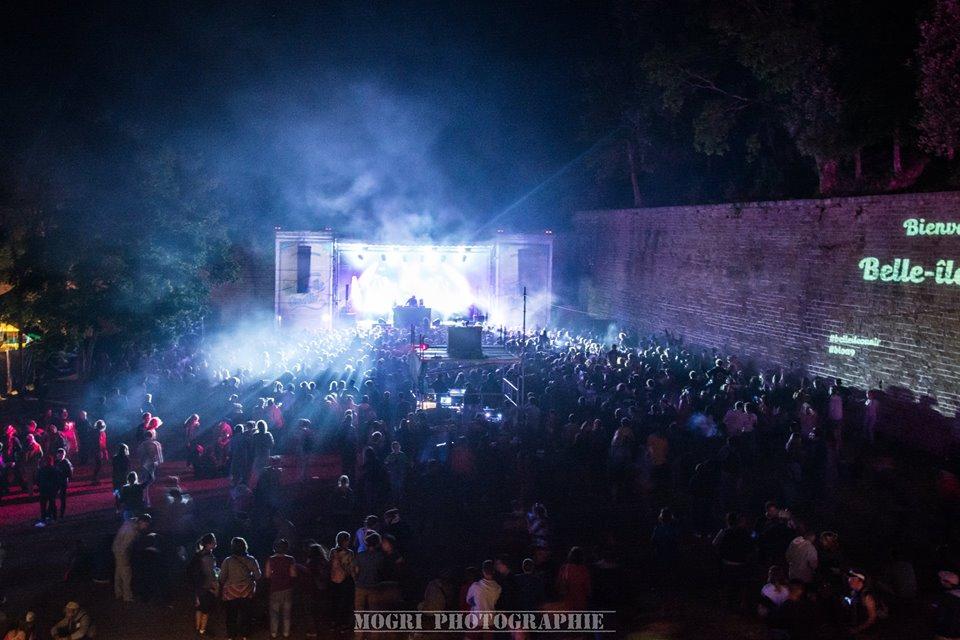 PLAYLIST • 20 morceaux pour fêter les 10 ans du festival Belle Île On Air !