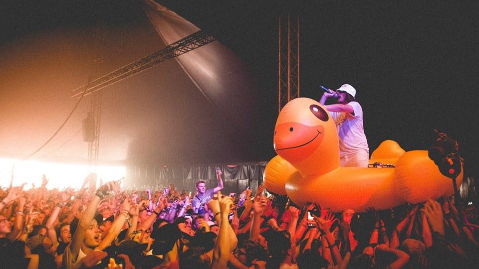 REPORT • +60 photos pour revivre Dour Festival 2017 !